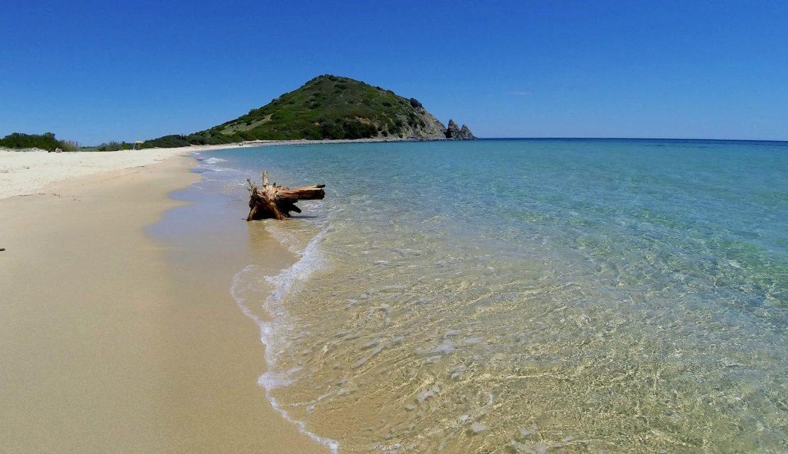 Castiadas, history and beaches